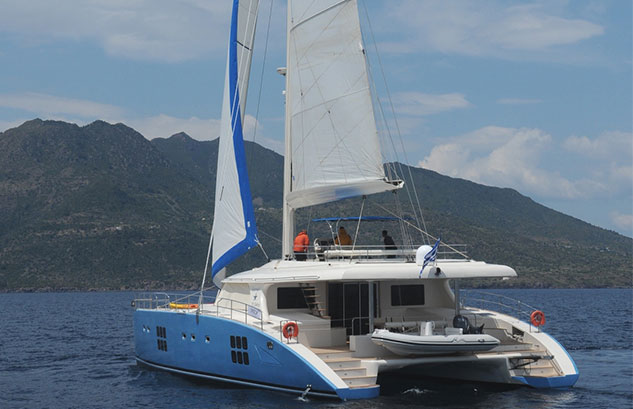 FREE SPIRIT Sunreef 70