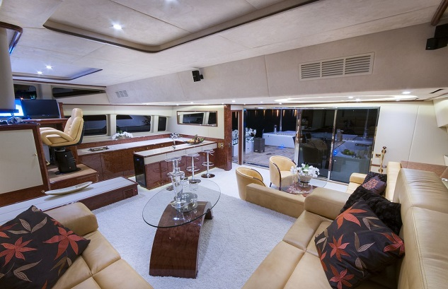 Sunreef 82 DD Houbara 2012
